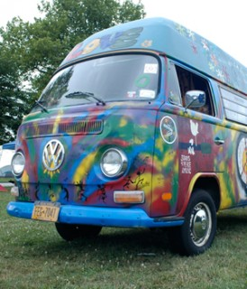 camping_tieDyeVW